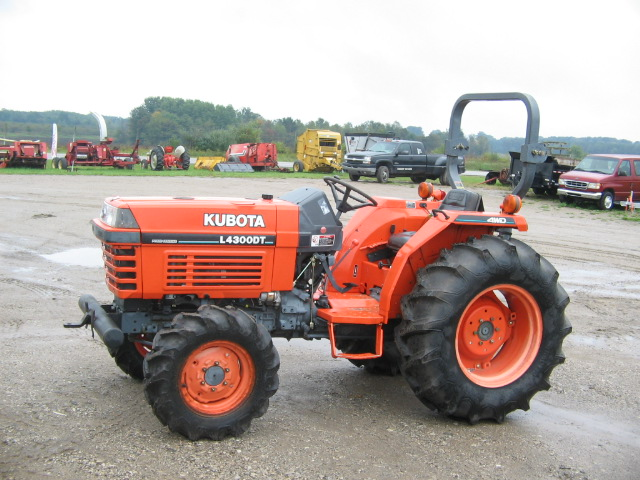 Kubota Tractor Salvage : Kubota manual l dt tractor master parts